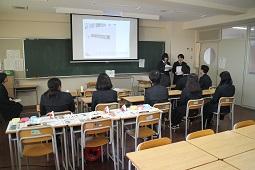 神戸市立神港橘高校での様子